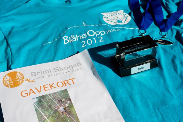 Medaljer, premie, gavekort og t-shirt for Blåhø Opp